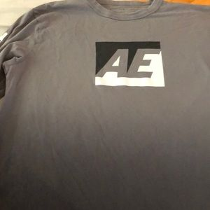 American eagle grey ombré long sleeve shirt med